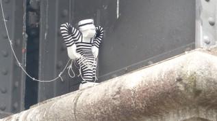 "Oberbaumbrücke; Styrocut; STYRO ""Rope Man"""